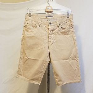 Final VINCE Khaki Shorts, size 31